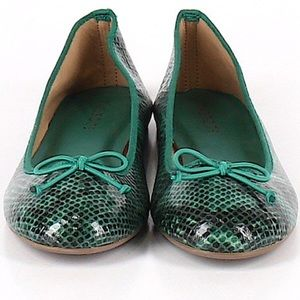 Perfect condition NEW snakeskin ballet flats